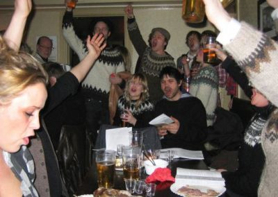 Singing Icelandic songs at the Þorrablót